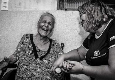 Parte de Imposto de Renda pode ser doada a entidades que cuidam de idosos